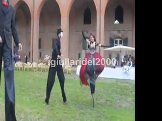 Trampolieri Acrobati Eleganti per Matrimonio