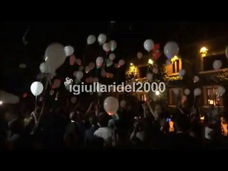 Volo palloncini luminosi per matrimonio