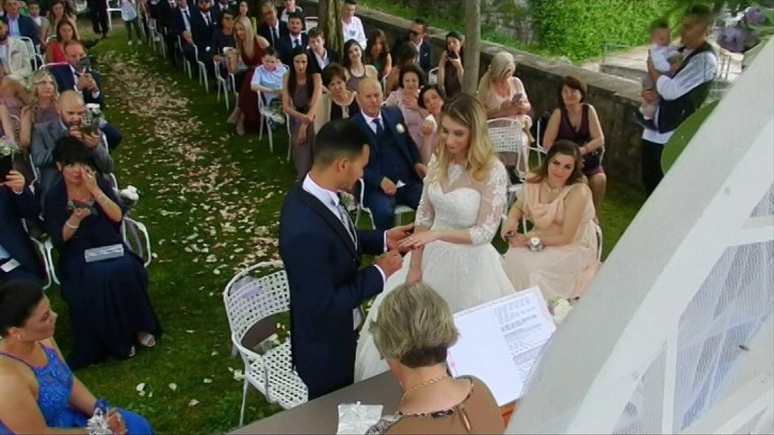 Matrimonio Simbolico Promesse : Celebrante matrimonio simbolico celebrante matrimonio simbolico