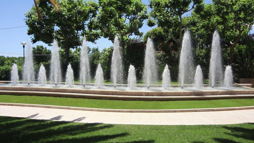 Giochi d 39 acqua al giardino elite ristorante orso video - Giardino d acqua ...