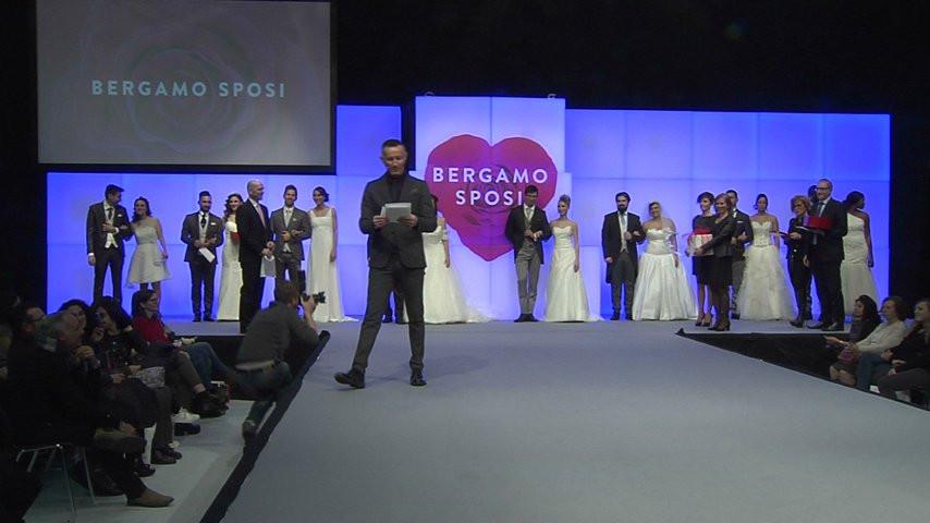 b2e61c8f3bf5 Backstage fotografico coppia vincitrice bergamo sposi - Videobau - Video -  Matrimonio.com