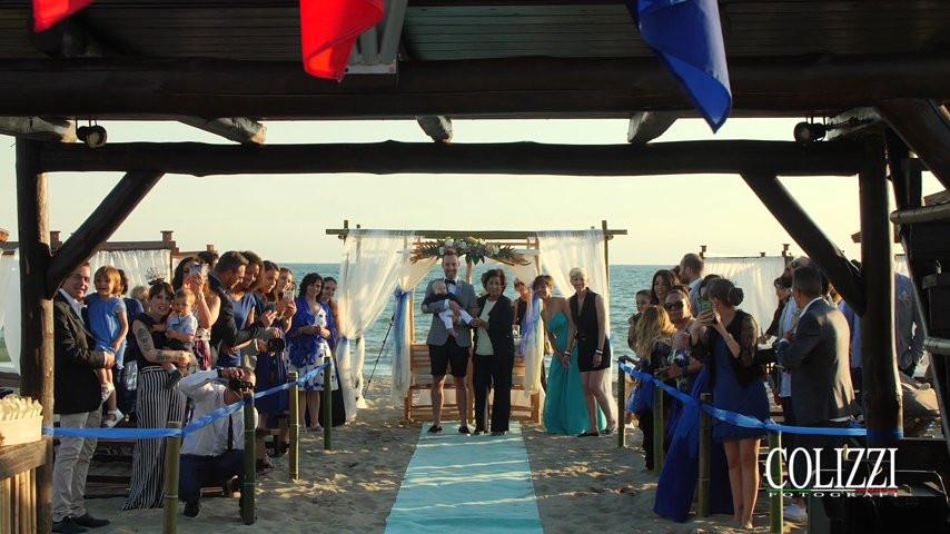 Matrimonio Spiaggia Taranto : Nautin club passoscuro matrimonio in spiaggia colizzi fotografi