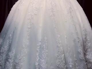 Le spose di Caterina Mozzillo
