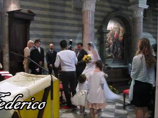 Entrata sposa in chiesa al Duomo di Volterra