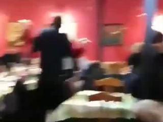 Canta La vita com'è di Max Gazzè dal Ruvido Pescara