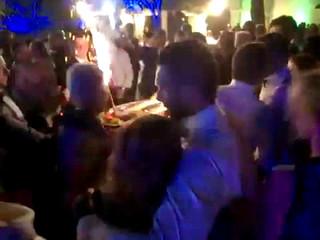Stefano D'Alberto animatore auguri agli sposi Simone e Janet Dimitrova ballano