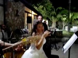 La sposa canterina!