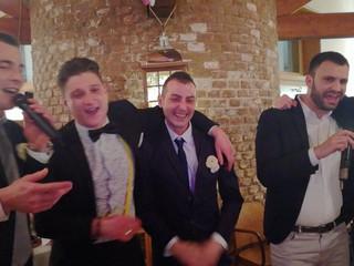 Sposo, testimone amici karaoke matrimonio jack anita