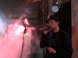 """Filmato in piazza """"Dan Music"""""""