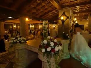 Esempio di un' entrata degli sposi a Villa Montedoro