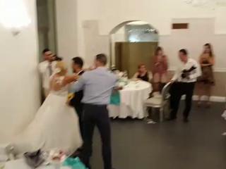 lo sposo lancia il bouquet Marina holiday