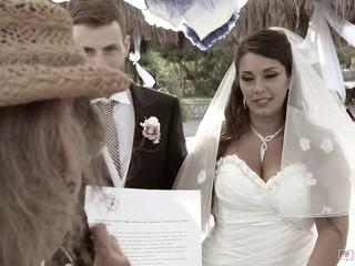 Giovanni e Pia: trailer sposi in acqua