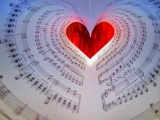 River Flows in you : pianista Elisa Laureana