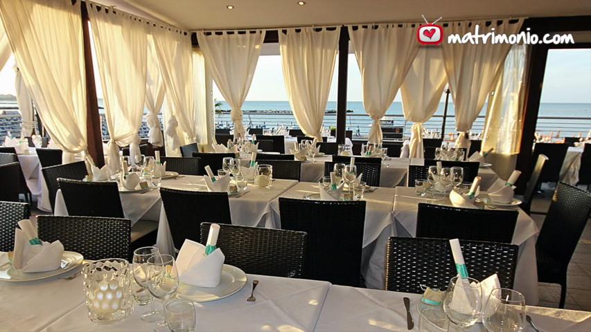 Matrimonio In Spiaggia Rimini : Matrimonio al mare evento sulla spiaggia wedding al mare