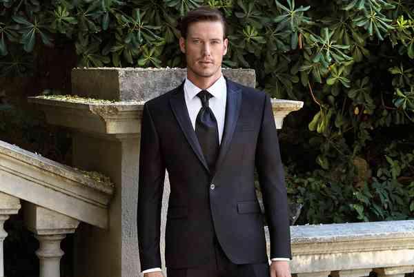 Vestiti Lucciano Rivieri