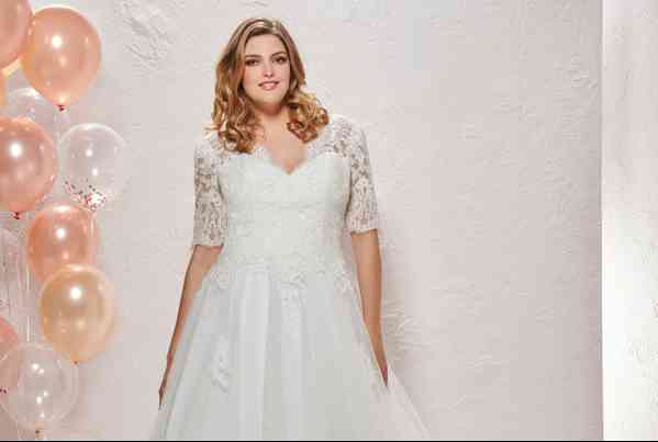 Abiti da Sposa Curvy By The Sposa Group Italia